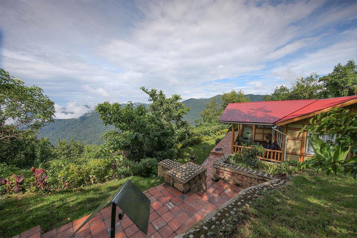 Nkuringo Bwindi Luxury Lodge