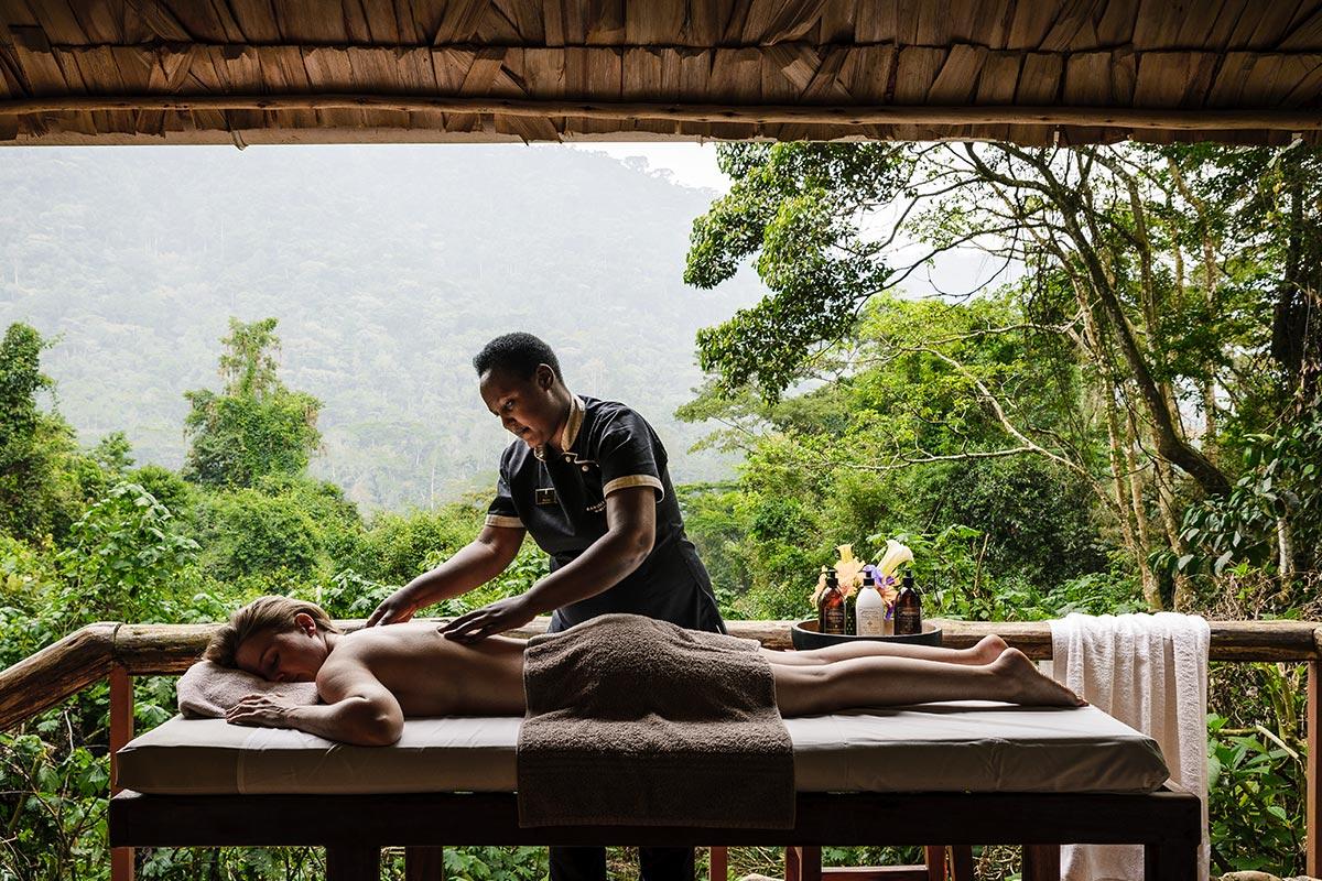 massage in Bwindi sanctuary retreat bwindi luxury lodge